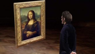 The Louvre Goes VR